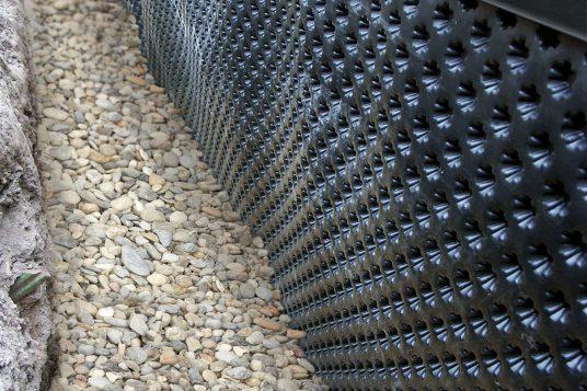Grundmauerschutz mit Noppenbahn Sternform
