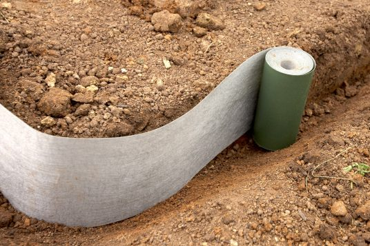 Plantex root barrier easy to use