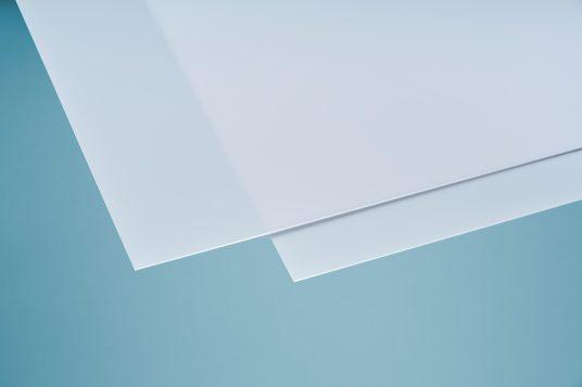 Polystyrolglas weiß opal 2,5 mm
