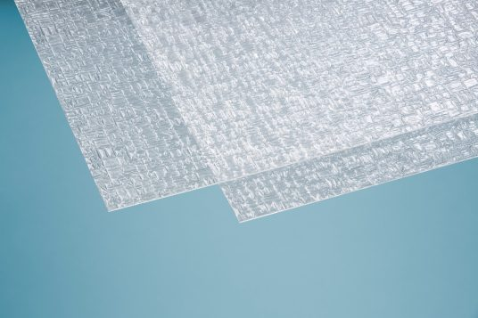 Polystyrolglas Pyramide 2,5 mm klar