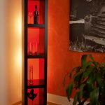 Regal mit Acrylglas farbig rot